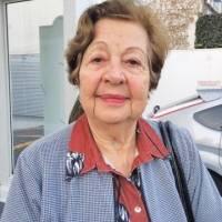 Maria Carolina Martins, 82, aposentada