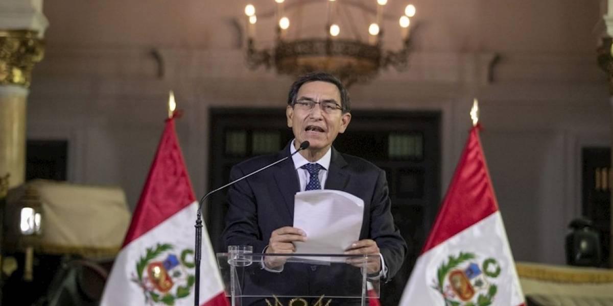 Presidente de Perú disuelve el Congreso de su país