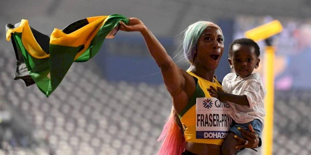 Shelly-Ann Fraser-Pryce se consagra como campeona de los 100 metros después de ser madre