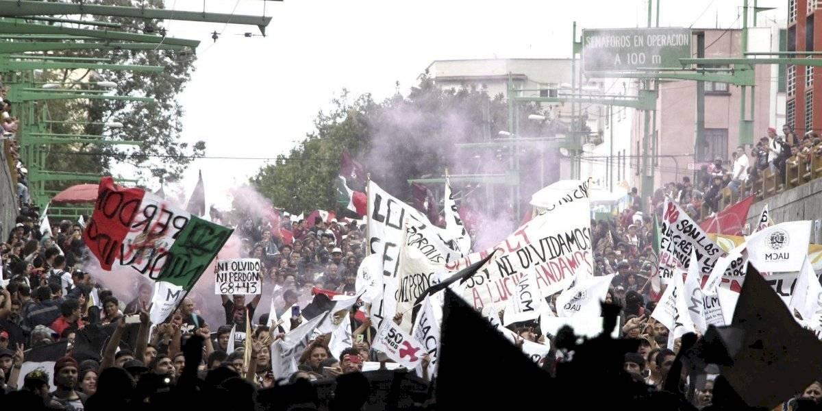 Exhorta AMLO a hacer cordones ciudadanos en marcha del 2 de octubre
