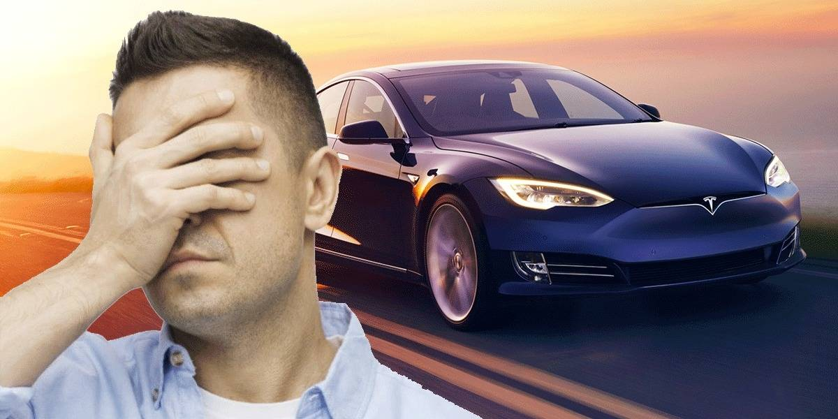 Smart Summon de Tesla provoca un montón de accidentes al conducirse solo