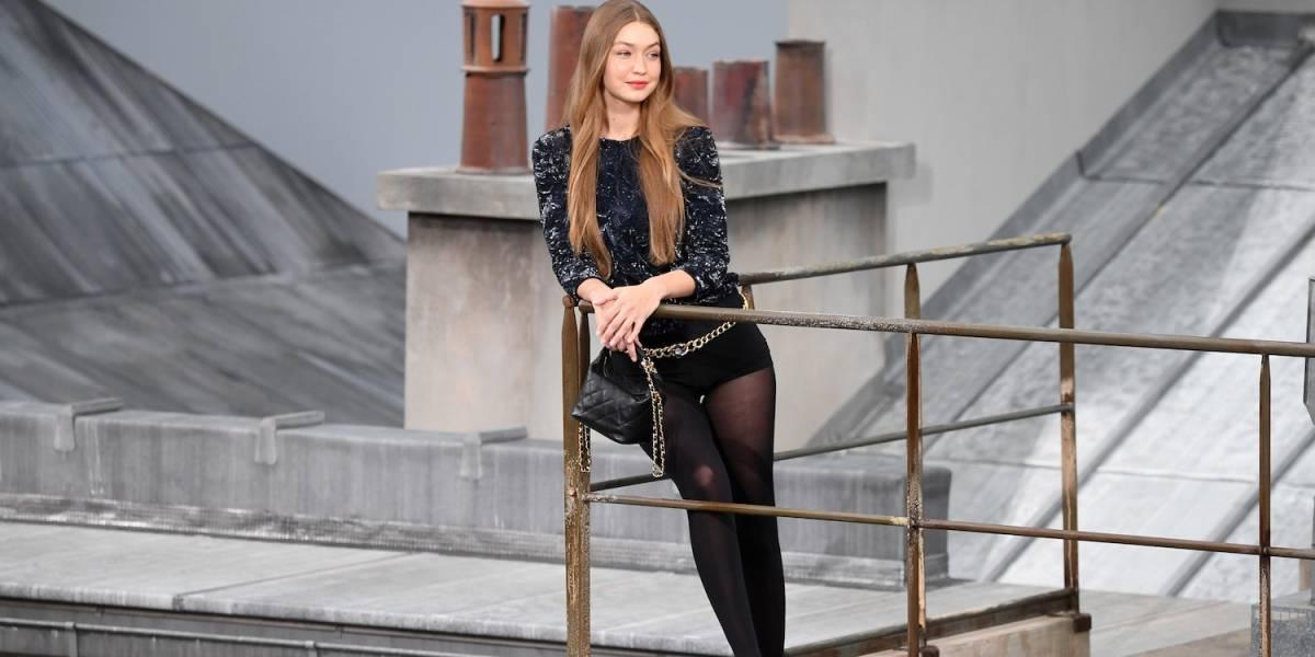 Gigi Hadid saca de la pasarela a mujer que se coló en el desfile de Chanel