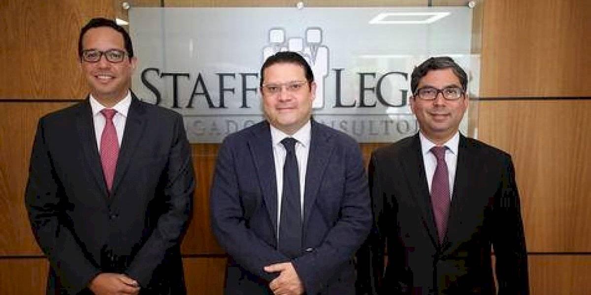 #TeVimosEn: Staff Legal celebra sus 15 años de servicios