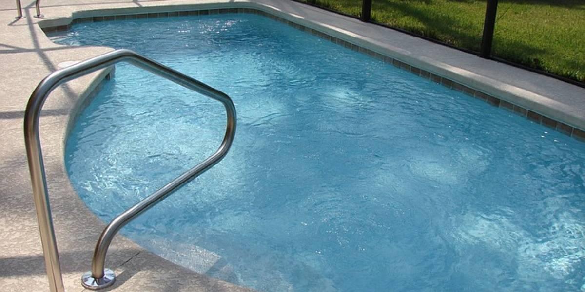¡Tragedia familiar! Pequeño de cuatro años murió ahogado al caer a una piscina