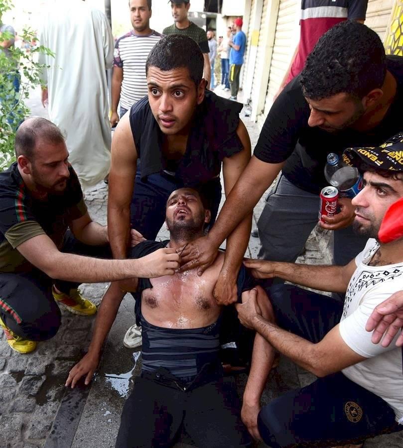 Varios manifestantes tuvieron que ser hospitalizados por las heridas EFE