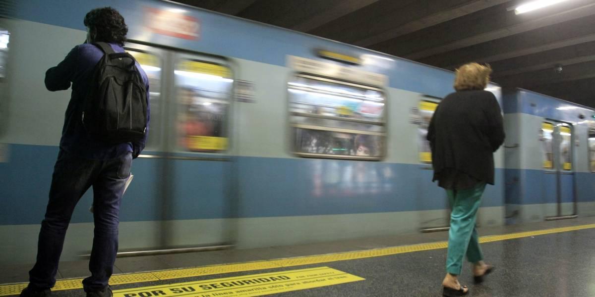 ¿Rojo y verde para definir las rutas exprés? El dolor de cabeza de los daltónicos capitalinos para viajar en el Metro
