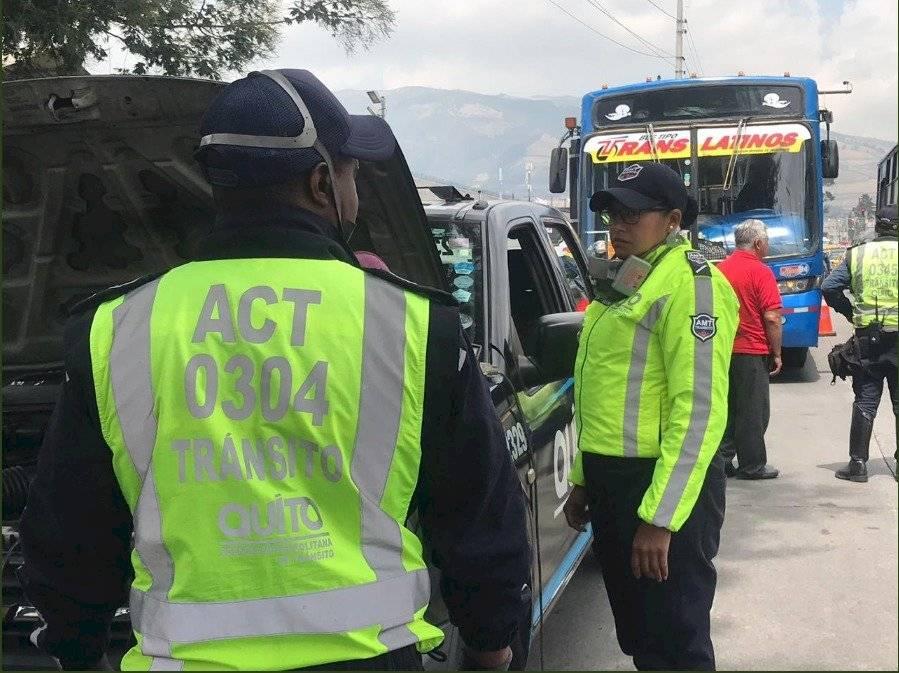 AMT realizó controles sin aviso a buses urbanos de Quito AMT