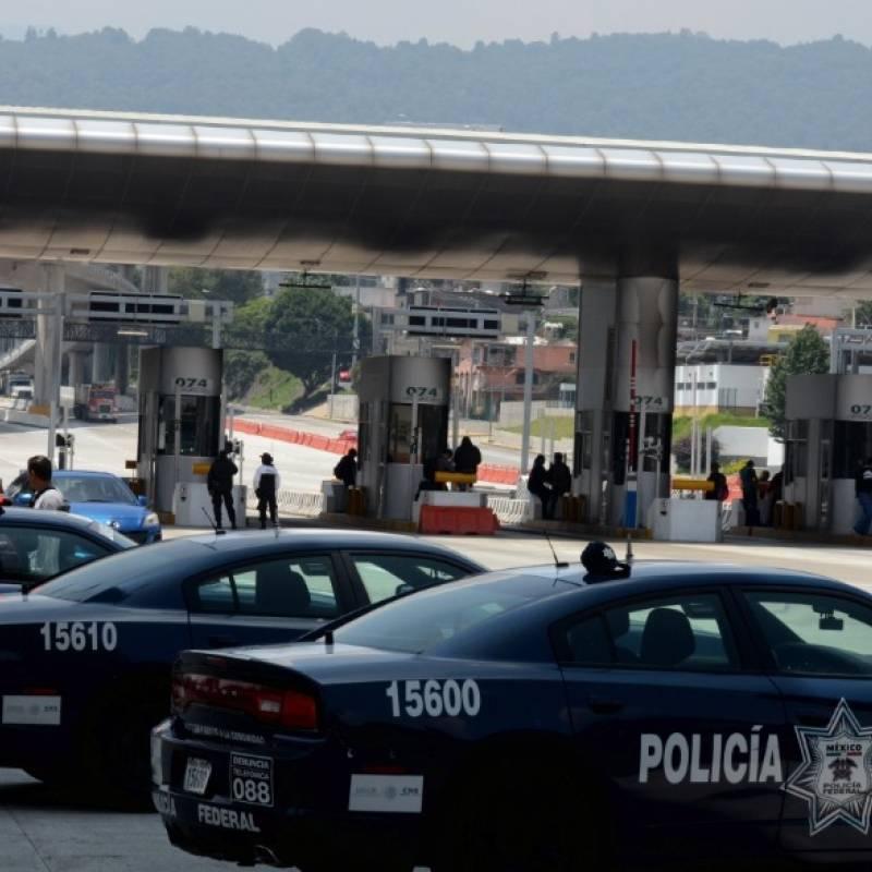 Interjet apoya a pasajeros afectados por bloqueo de policías federales