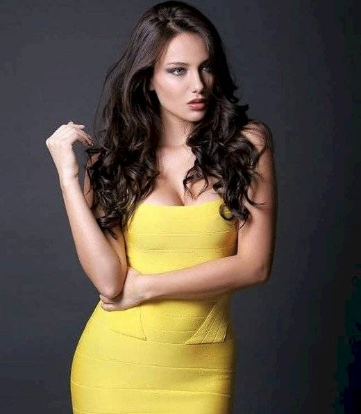 Sharon Cortés