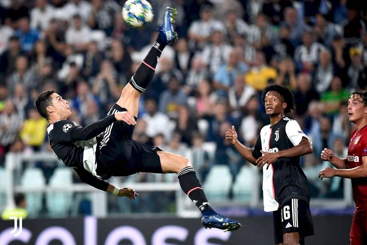 Cristiano Ronaldo boomerang