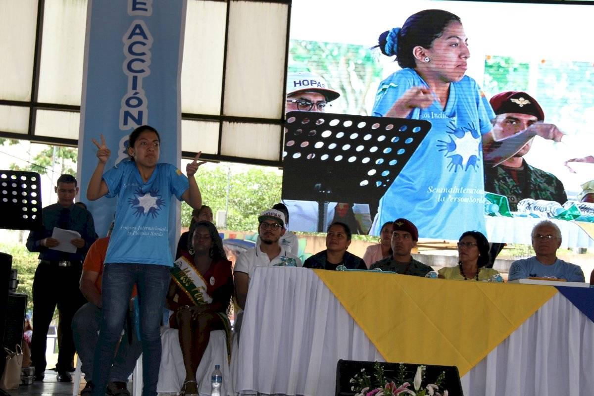 conmemoración de la Semana Internacional de Personas Sordas en Lago Agrio Ccortesía