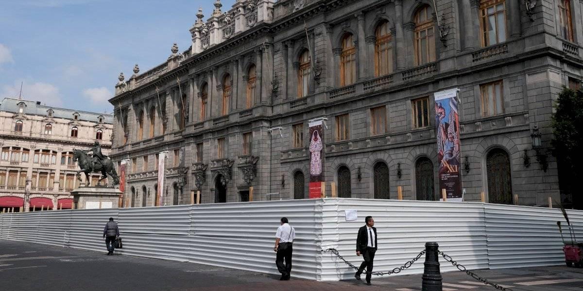Resguardan edificios del Centro Histórico por marcha del 2 de octubre