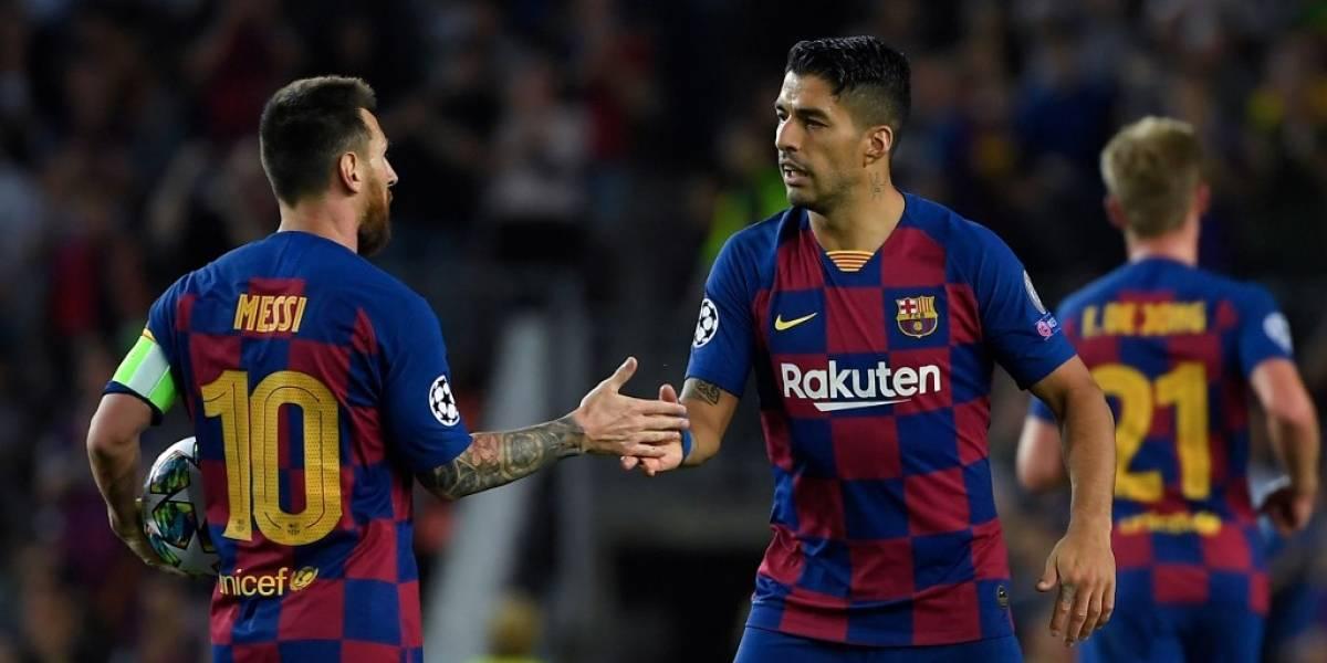 Barcelona logra su primera victoria con una noche mágica de Luis Suárez