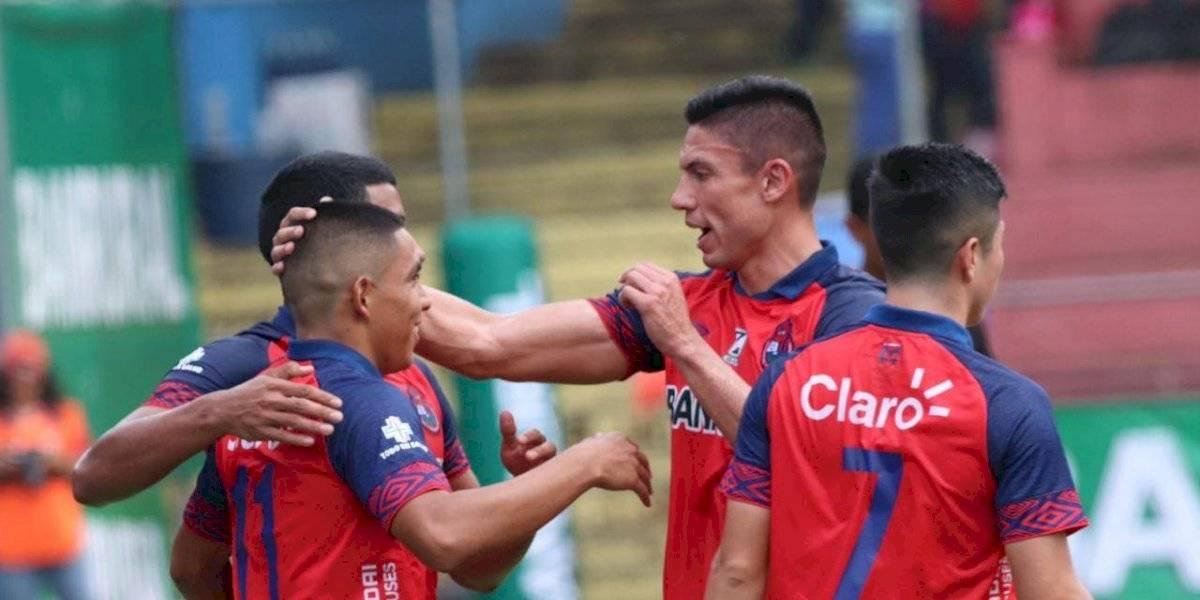 Carlos Gallardo ve injusto el descenso de Siquinalá y Mixco de cancelarse el torneo