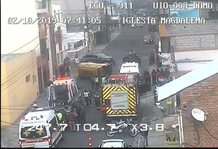 Ocho heridos tras accidente de tránsito en el sector La Magdalena, sur de Quito ECU 911