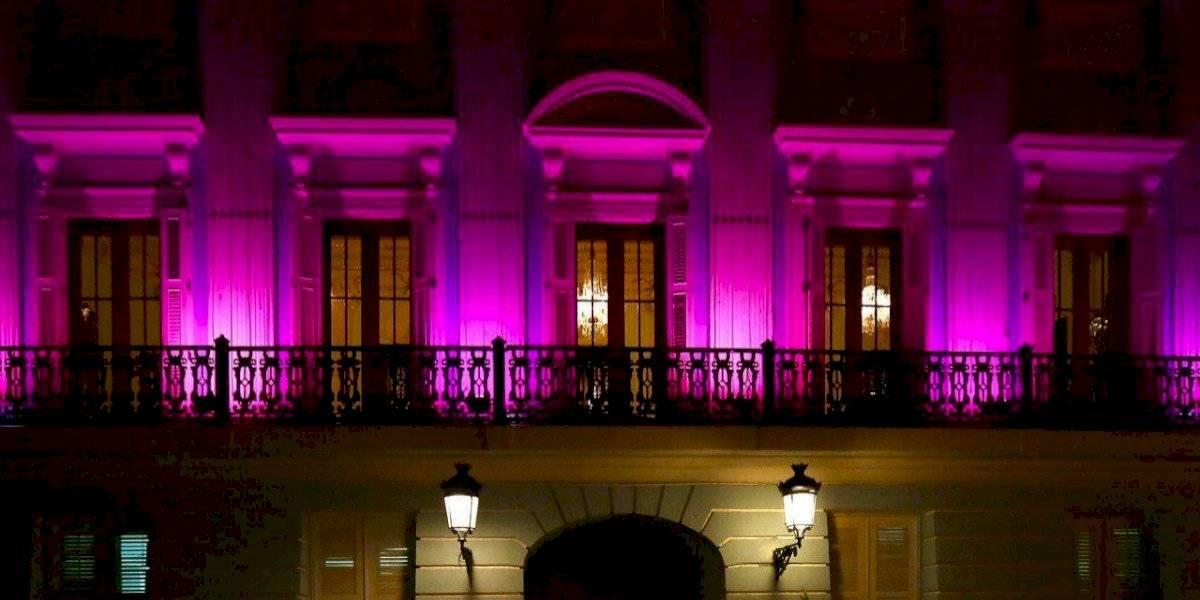 Gobernadora proclama octubre como mes de concienciación sobre el cáncer de mama