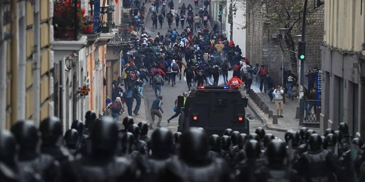 Ecuador pide sesión extraordinaria de OEA para denunciar intento de caos
