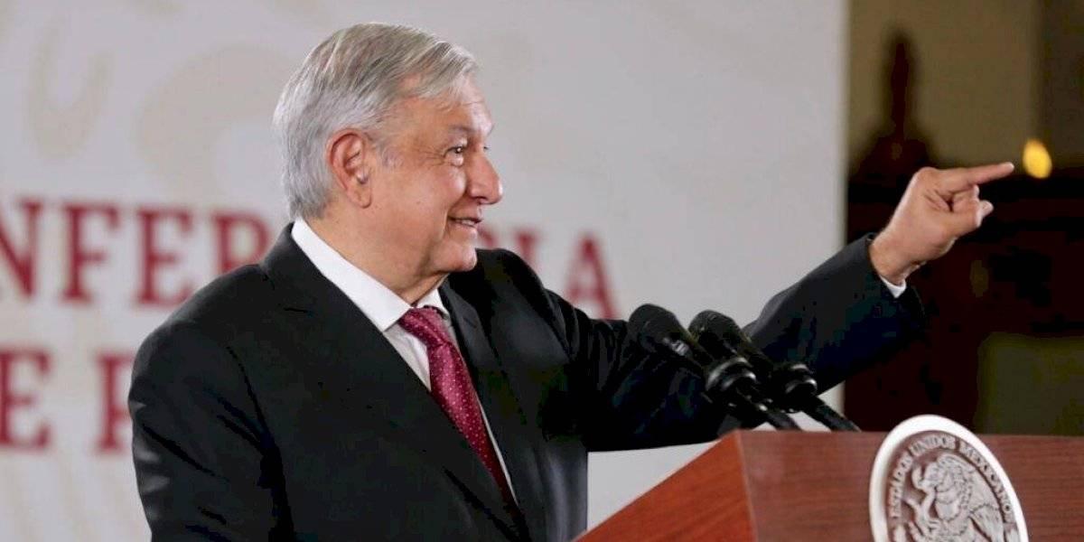 Despedido y juzgado, quien intervenga en elección interna de Morena: AMLO