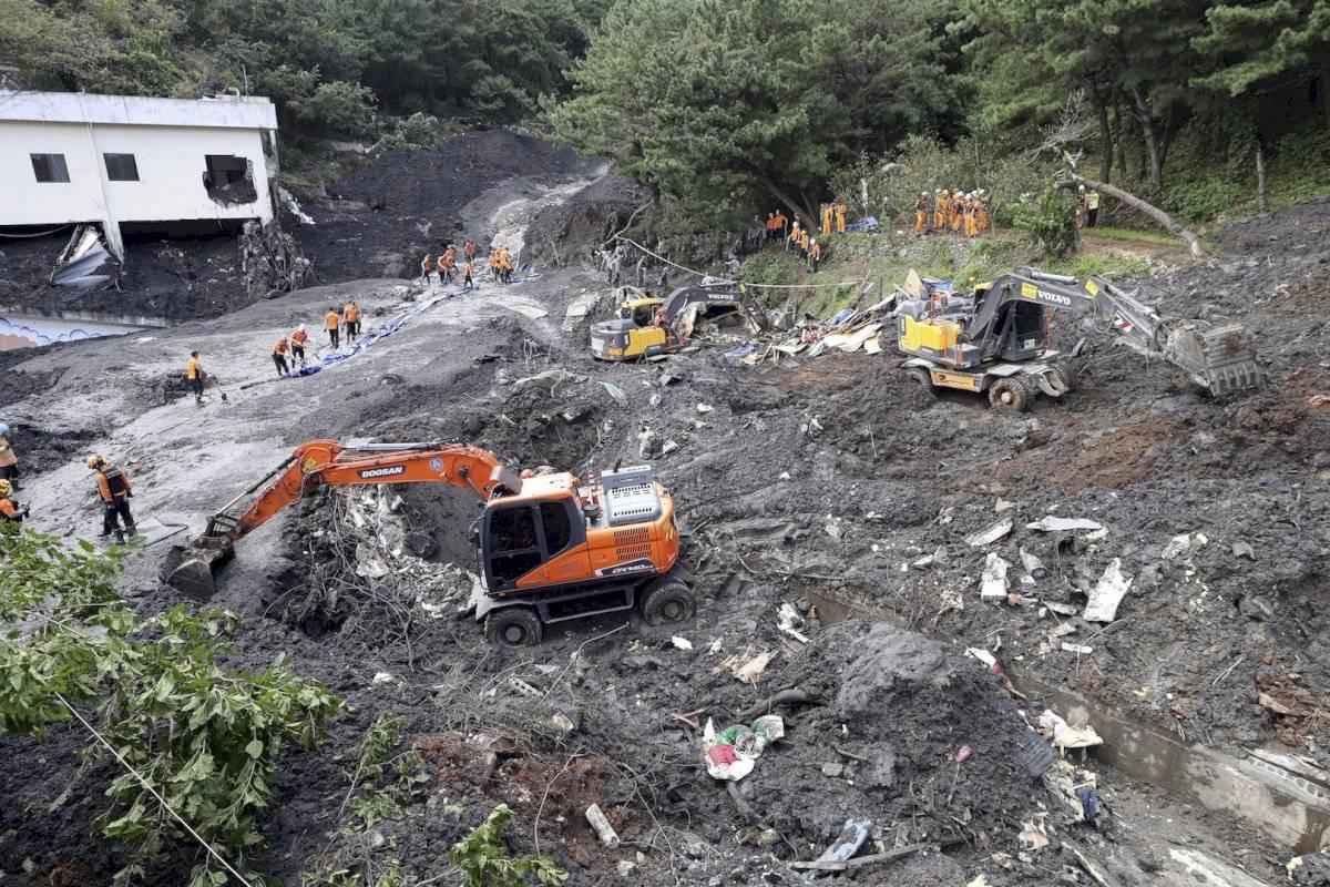 Hubo deslaves tras el paso del tifón Mitag