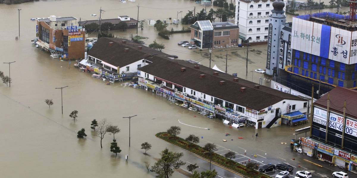 Tifón 'Mitag' golpea a Corea del Sur y deja al menos 9 muertos