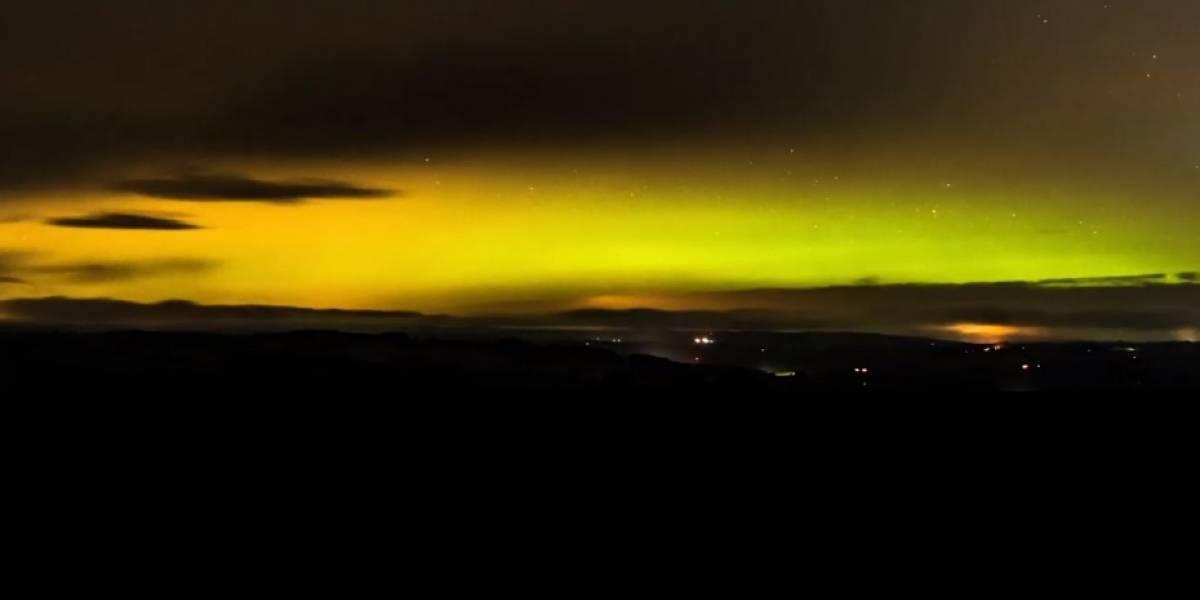 Incrível vídeo mostra aurora boreal nascendo no céu britânico