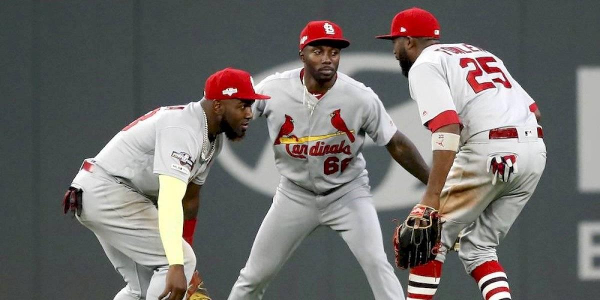 Cardinals anotan cuatro en la novena para dar voltereta y vencer a Braves