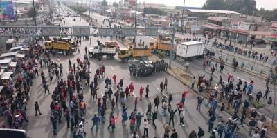 La entrada a Carapungo se encuentra bloqueada debido a protestas