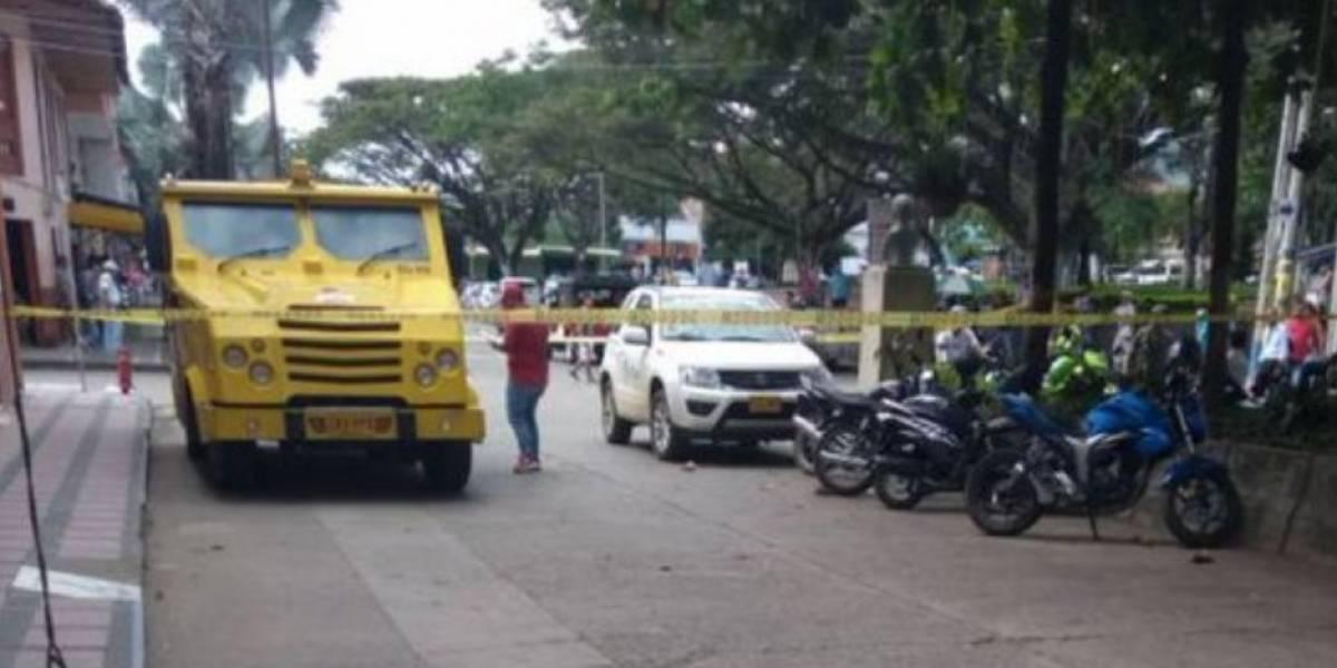 Ladrón que quería robar carro de valores murió y tres de sus cómplices quedaron heridos