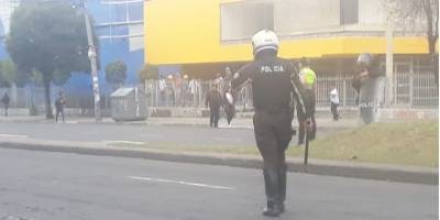Policías