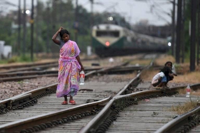 India - defecar
