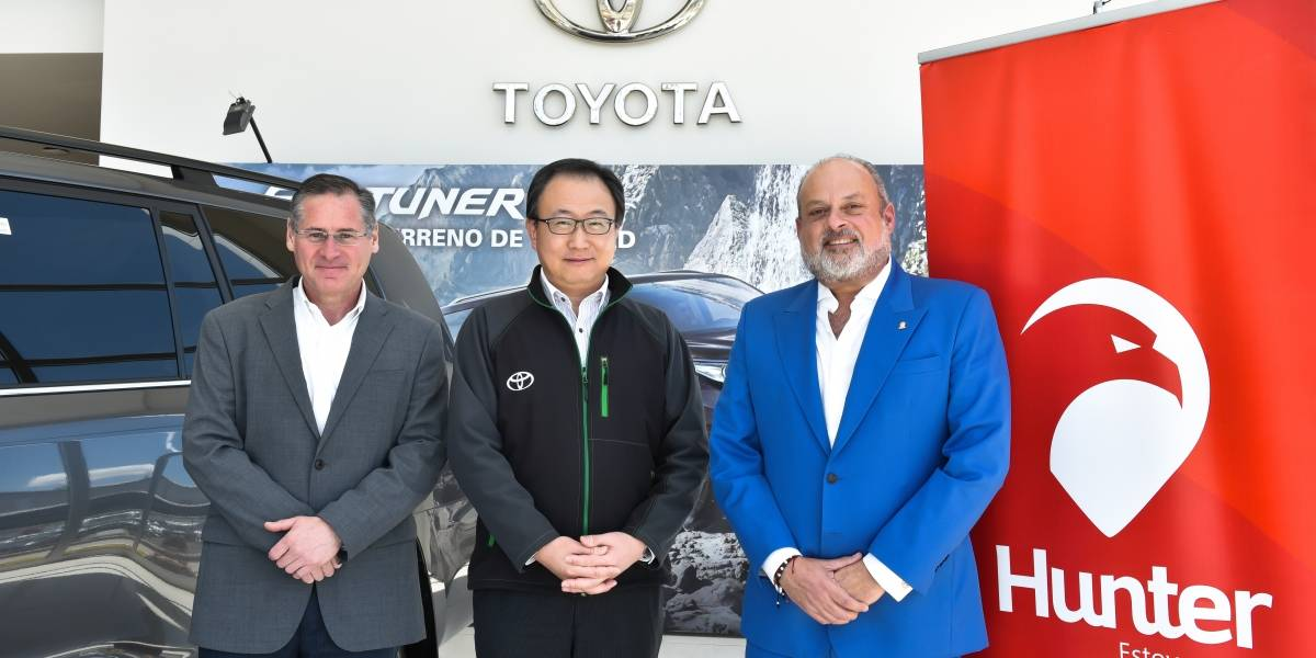 Hunter y Toyota del Ecuador renovaron convenio