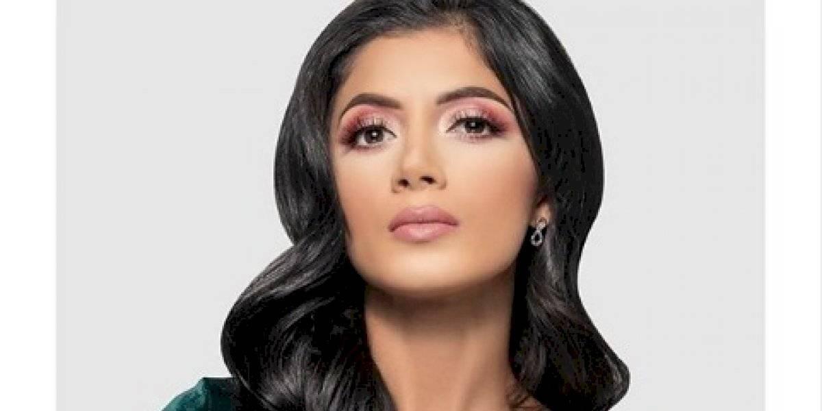 """Kim Flores seduce con foto sin sostén pero la hacen pedazos por su """"horrible"""" ombligo"""