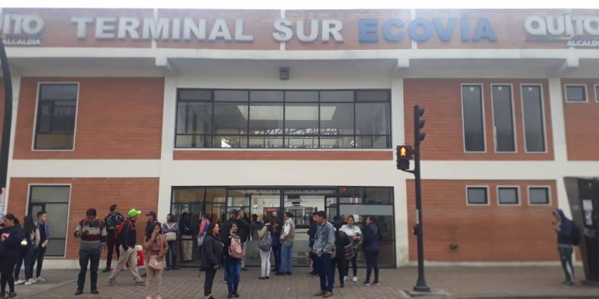 Quito: Trolebús y Ecovía suspenden algunas rutas por cierres de vías