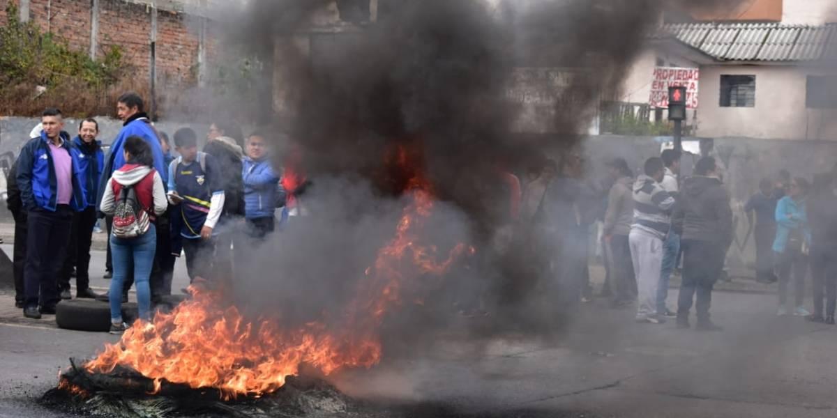 Quito: Transportistas anunciarán esta tarde si se mantiene el paro