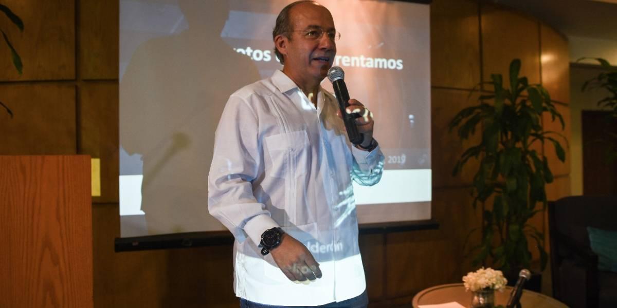 Reprueban estudiantes visita de Felipe Calderón al Tecnológico de Monterrey