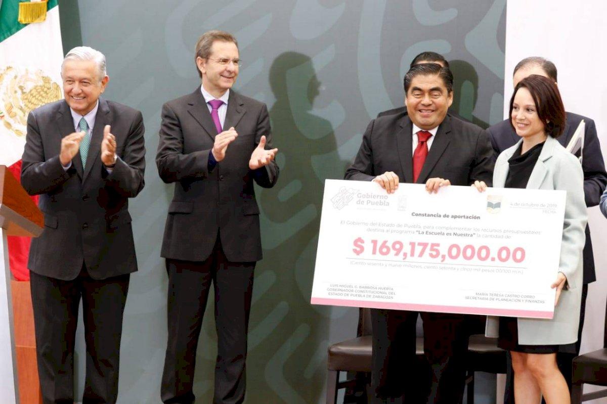 Se intervendrán 173 mil 742 primarias del país, anunció el presidente de la República. Foto: Cortesía/ Gobierno de Puebla