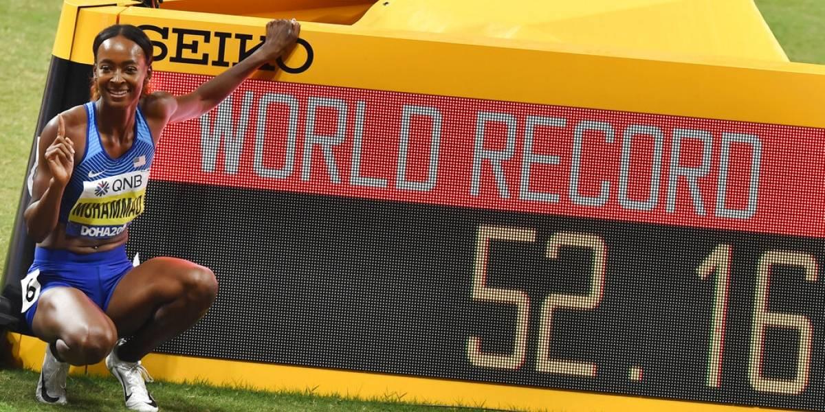 Dalilah Muhammad bate récord mundial de 400 metros con vallas