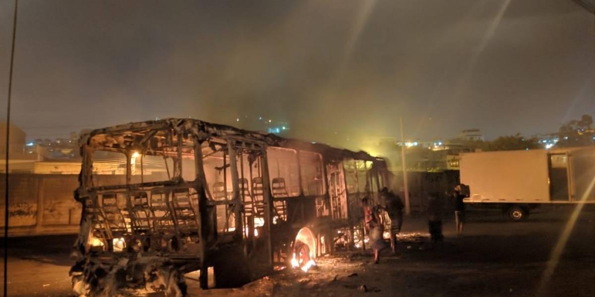 Confronto entre facções provoca caos na zona norte do Rio de Janeiro