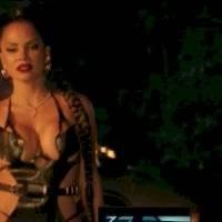 Natti Natasha con sensual traje apegado con cortes y tiras mostró de más con Romeo Santos