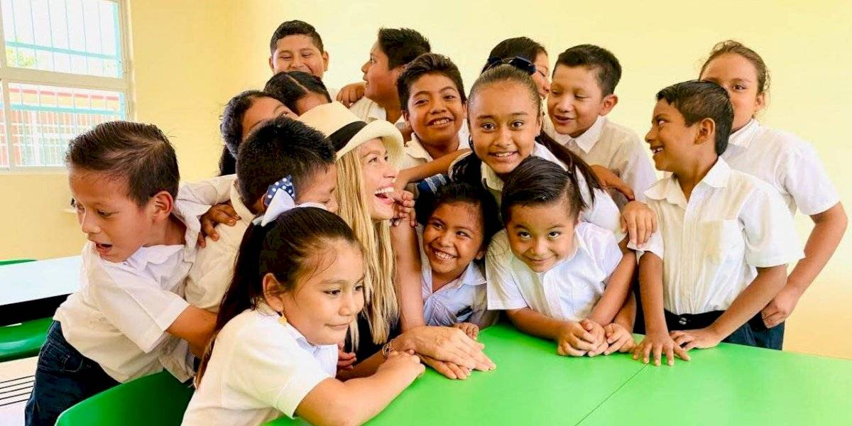 Negocios Aquí/ Más escuelas rehabilitadas por Petra Nemcova en México