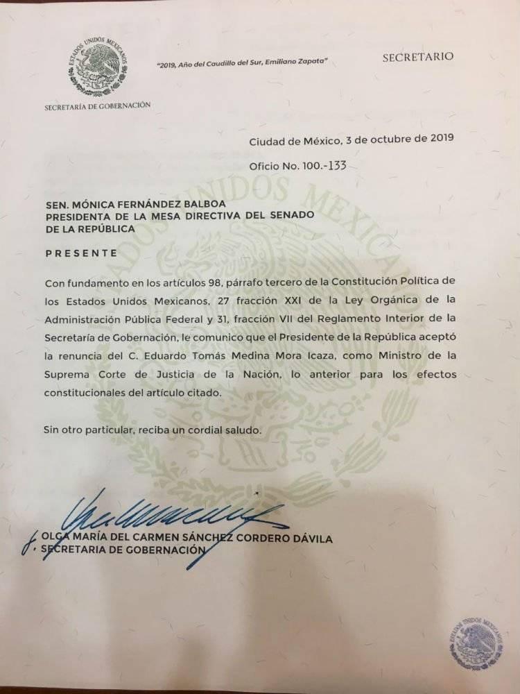 AMLO acepta renuncia de Medina Mora