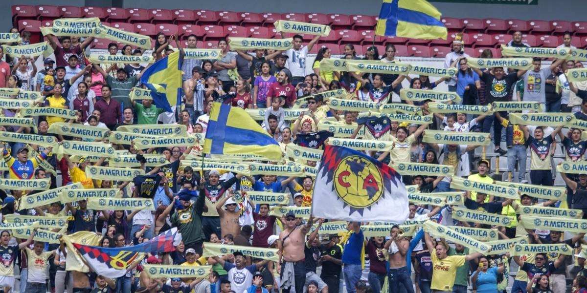 VIDEO: Aficionados de América se pelean entre sí en el Clásico joven
