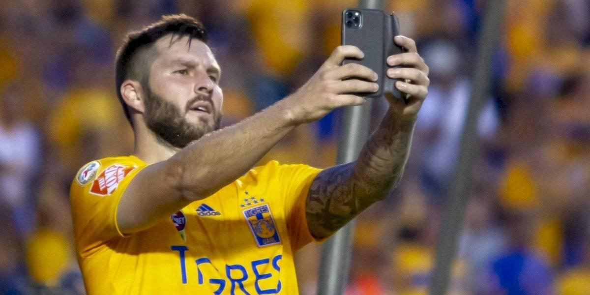 Gignac celebra gol publicando fotografía en Instagram