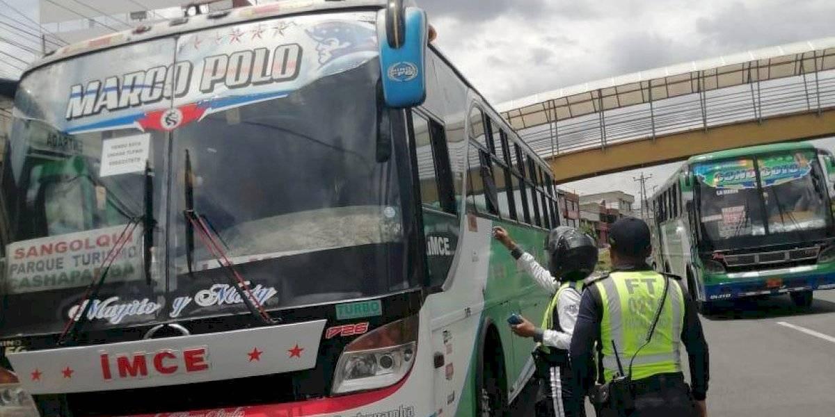 Paro en Ecuador: Transportistas que cobren más serán multados con USD 39,40