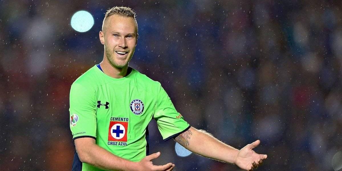 VIDEO: Alemao, ex jugador de Cruz Azul calienta el Clásico joven ante América