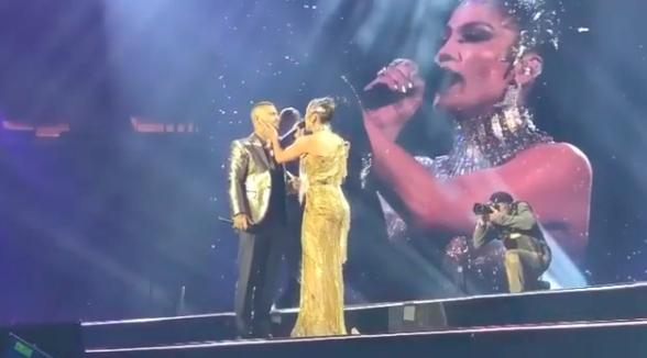 (VIDEO) Maluma enloqueció a sus fans cantando 'No me ames' con J Lo