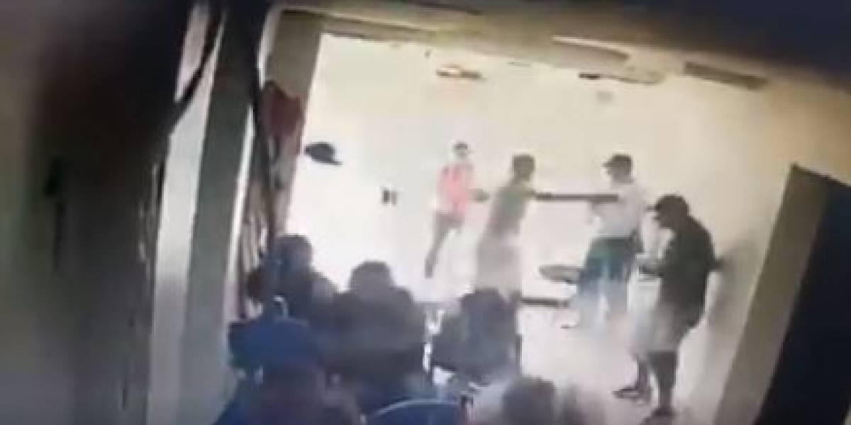 En video quedó registrado ataque sicarial ocurrido dentro de una clínica