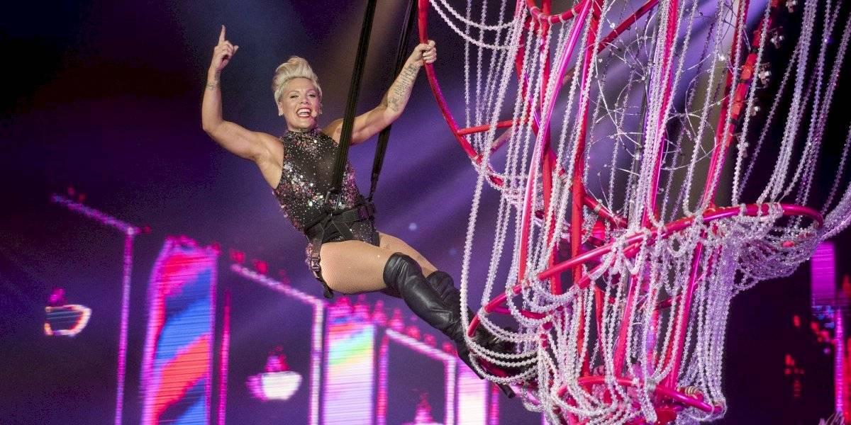 Rock in Rio: Pink se apresenta pela primeira vez no Brasil com show acrobático