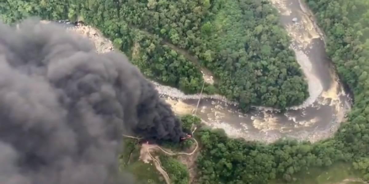 (Video) Nuevo atentado a oleoducto generó derrame en río Guamues, en Putumayo