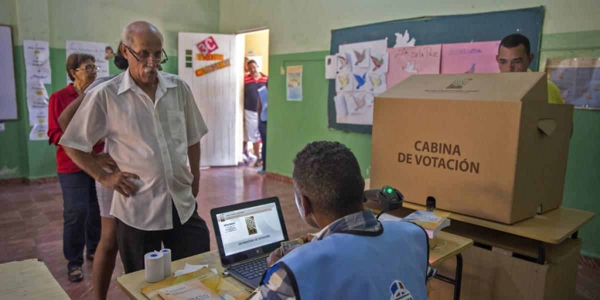 Dominicanos votan en primarias, con miras a presidenciales de 2020